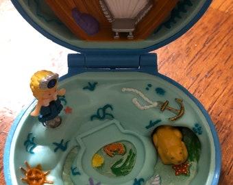 Vintage Polly Pocket Jeweled Sea compact 1992