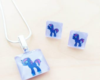 Pony - 20mm - 10mm earring necklace gift - set handpainted purple - Horse jewelry