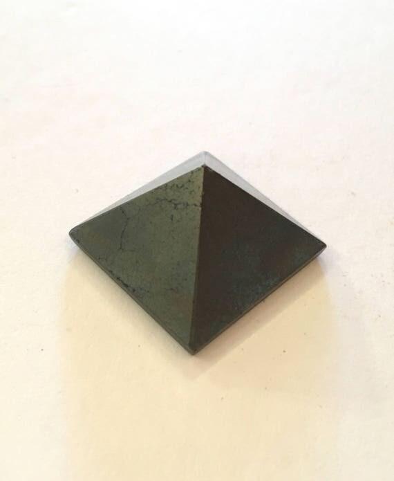 PYRITE Pyramid// Crystal PYRAMID// Fools GOLD Pyramid// Stone Carved Pyramid// Pyrite// Healing Crystals// Healing Tools// Home Decor