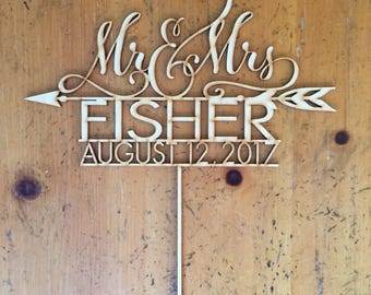 Mr & Mrs Customized With Name and Date Cake Topper, Wedding Cake Topper, Personalized Cake Topper, Rustic Cake Topper, Hand Lettered Design