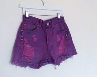 Levis Purple Vtg Studded High Waist Denim Shorts. XS