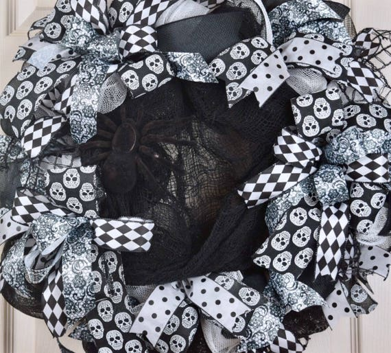 Halloween Black and White Mesh Wreath with Creepy Cloth and Spider; Fall Wreath Fall Door Decor Halloween Door Decor; Skull Wreath Door Deco