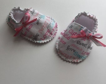 Size 0-3m RAG BABY SHOES, baby booties, fitted shoes, baby shoes, crib shoes, soft shoes