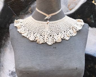 1930s Crocheted Collar / One Size