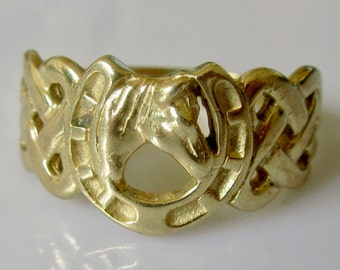 9ct Gold Horse Shoe Ring