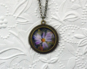 Large Bronze 30mm Photo Pendant with Pink Daisy