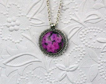 Sunflower Photo Pendant with Image of Impatiens Photo Necklace Photo Jewelry Flower Necklace Flower Jewelry