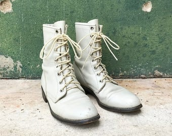 Vintage Ivory Leather Lace Up Justin Boots | 5