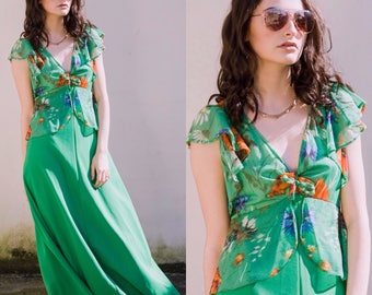 Vintage 70s 1970s green maxi dress with floral detailing boho bohemian peace vintage prom wedding graduation