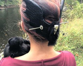 Bat Hair Slide Bird Stick Barrette Gothic Bat Skull Hair Accessory French Twist Bird Skull Clip Long Hair Witch Barrette Thick Hair Holder
