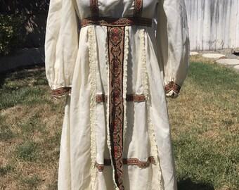 Vintage 1960s/1970 Cream PEASANT DRESS w/ Empire Waist XS/S