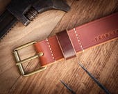 Leather belt, cognac color, robust, customizable, brass buckle, made in France. Men's leather belt. Vegetanned leather.