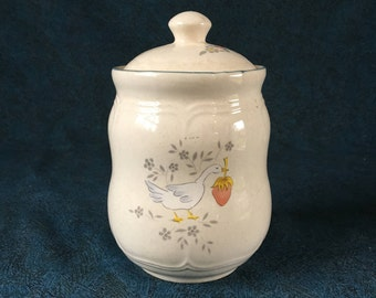 Vintage International Marmalade Canister, Duck or Geese Dishes