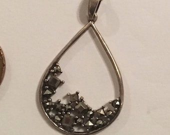 """Vintage Sterling Silver 925 Marcasite Pendant Necklace with 18"""" chain"""