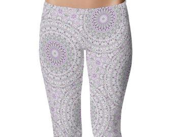 Printed Capris Leggings, Purple and Green Mandala Pattern Stretchy Pants, Women's Yoga Clothing
