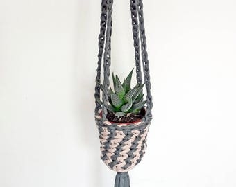 small hanging planter, pink and green decor, plant pot holder, succulent plant hanger, cactus plant holder, indoor hanging planter, macrame