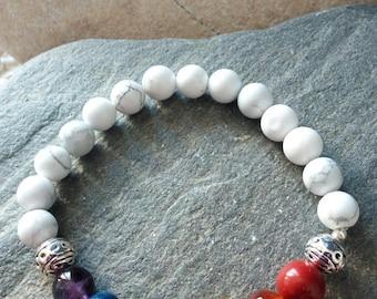 1367 - bracelet of harmonization of the 7 chakras, howlite white
