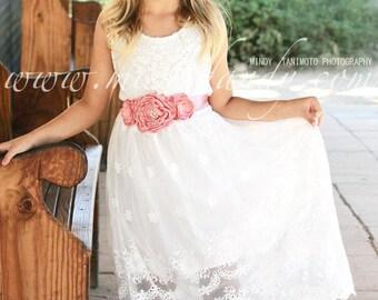 White Lace Girls Dress, Beach Flower Girl Dress, Lace Girl Dress, Rustic Lace Dress, Bohemian Boho Lace Flower Girl Dress, Junior Bridesmaid