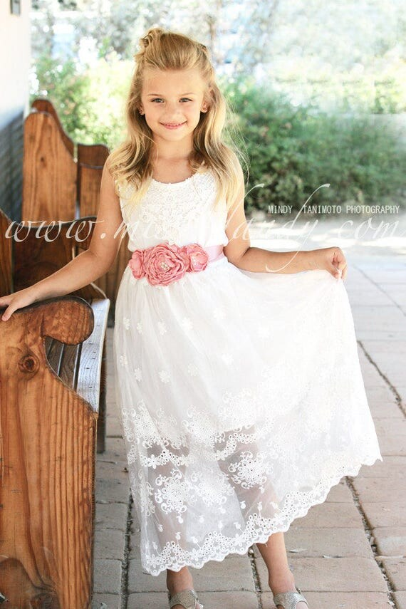 White Lace Girls Dress, Beach Flower Girl Dress, Lace Girl Dress, Rustic Lace Dress, Bohemian Boho Lace Flower Girl Dress, Junior Bridesmaid