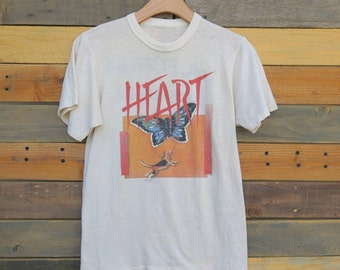 0524 - Heart - Dog & Butterfly - Sold Out - Thin/Soft - T-shirt