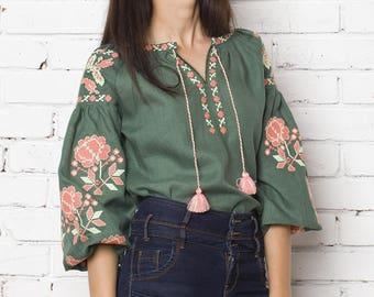 Vyshyvanka embroidered blouse. Ukrainian vyshyvanka, mexican blouse, Bohemian style, ethno top. Free Shipping