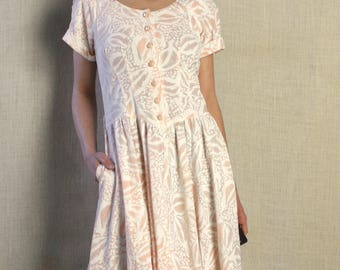80s button up shirt dress / peach pink / abstract batik floral pattern / 80s midi dress / small / medium