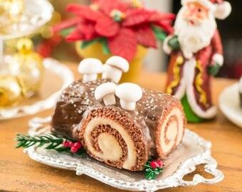 Bûche de Noël - Yule Log Cake - 1:12 Dollhouse Miniature