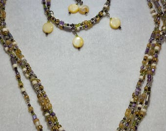 Shell Bead Necklace Set