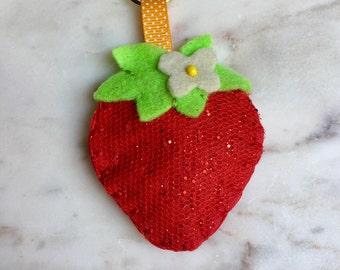 Strawberry key chain, Handmade Felt, key ring