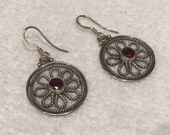 "Gorgeous Vintage Sterling Silver & RED Crystal Dangle and Drop Earrings-Pretty Round FLOWER Design-RED Crystal Centre-3.6cm Drop- 1"" 7/16"""