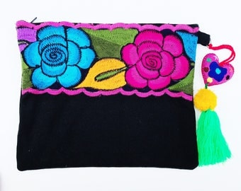 Embroidered clutch, Mexican clutch, Mexican bag, Embroidered bag, Mexican purse, Mexican woven purse, Mexican handbag, Pom pom bag clutch