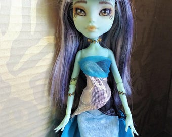 Reduced ~ Renaissance style doll turquoise blue beaded headband crown, Monster High Ever After custom one of a kind ooak doll crown headband