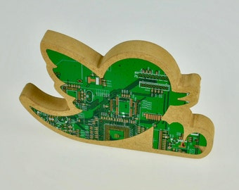 Circuit Board Inlaid Wooden Twitter Bird Ornament Plaque - Social Media Gift - Teenager - Office decor -  Desk Ornament