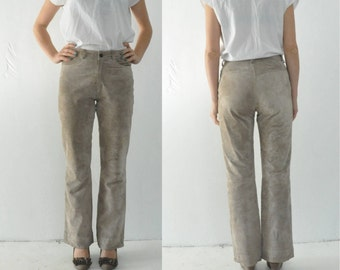 70s Suede BELL BOTTOM Pants Retro Beige Suede Leather 1970s Vintage High Waist Festival Pants Jeans Hippie Lined Zip Up Fitted Hips Medium
