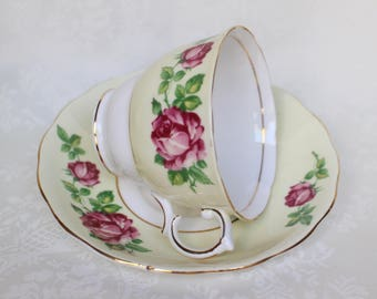 Colclough Yellow Teacup & Saucer, Vintage Roses Design Tea Cup and Saucer, Bone China Pale Yellow Cup