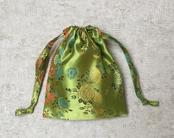 smallbags green Chinese fabric.