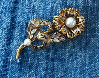 Vintage Damascene Faux Pearl Flower Brooch Pin-Unsigned