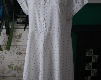 Summer vintage dress . size 16