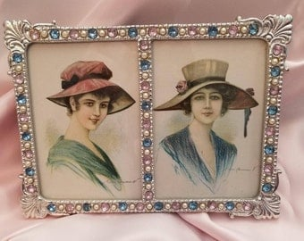 Stylish Ladies in Hats