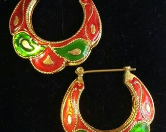 Holiday Scalloped Hoops Pierced Earrings Red, Green, and Gold