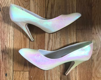 Vintage 80s Iridescent Pink Pointed Toe Heels by Ilyse Fontaine