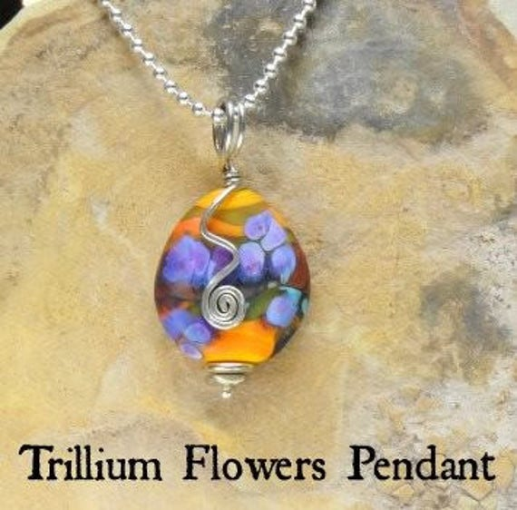 "Memorial Custom Blown Glass Trillium Necklace on Sterling Silver 18"" chain"