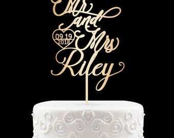 Wedding Cake Topper Mr and Mrs Last Name Customized Cake Topper Last Name Customized Wedding Cake Topper Gold Groom Bride Topper 5
