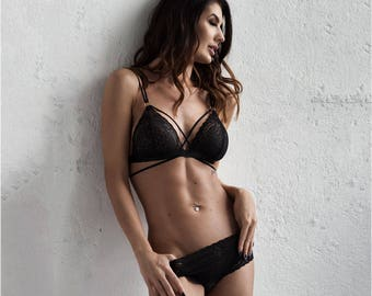 Black lace lingerie set BELIEVE