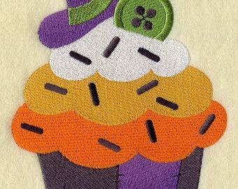 Creepy Crafty Cupcake, Embroidered Halloween Dish Towel, Tea Towel, Halloween Decoration, Cupcake Decoration, Kitchen Towel