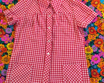 Vintage Red and White Gingham Short Sleeve Pointy Collar Shirt With Pockets