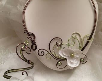 Necklace / bracelet in chocolate and lime green aluminum wire