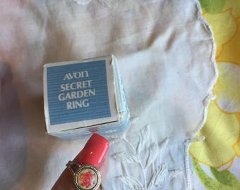 NIB Vintage Avon Secret Garden Ring, 1975