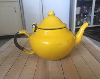 bright vintage yellow enamel teapot tea kettle made by Bengal Enamel India