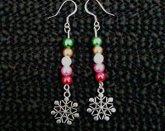 Snowflake dangled earrings